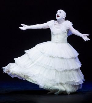 'Kemp Dances: Inventos y Reencarnaciones', Compañía Lindsay Kemp. Teatro Lope de Vega, Sevilla