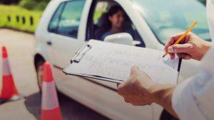Se reanuda los exámenes para el permiso de conducción