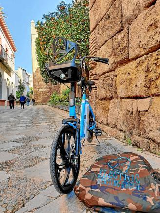 Sevilla-Se-ha-aprobado-el-servicio-de-alquiler-de-bicicletas-eléctricas-1