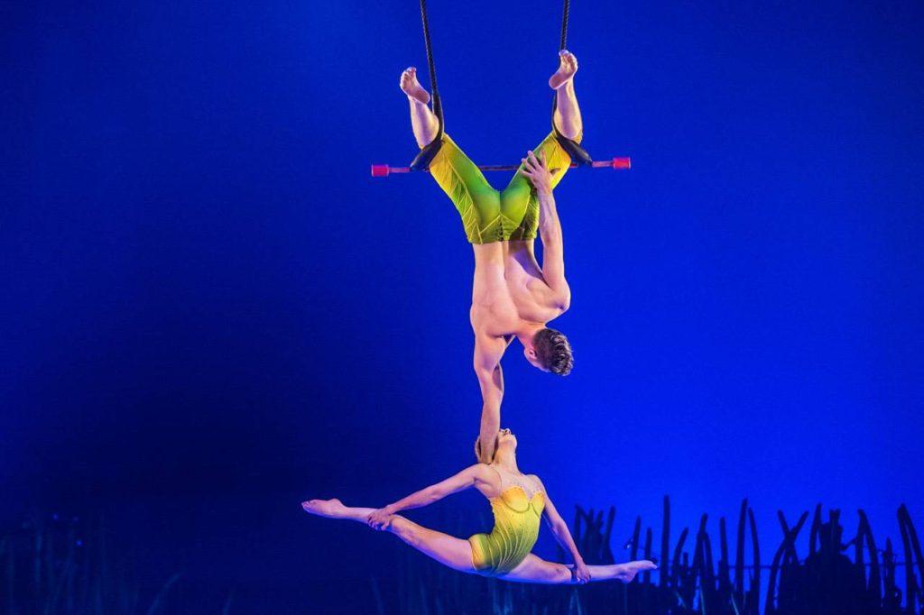 Totem-Cirque-du-Soleil-sevilla-01