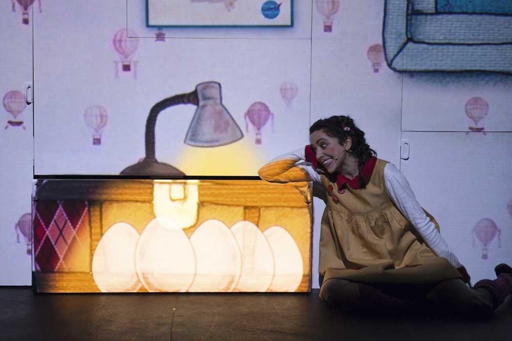 """""""A la Luna"""". 26 Ciclo """"El Teatro y la Escuela"""". Teatro Alameda Sevilla"""