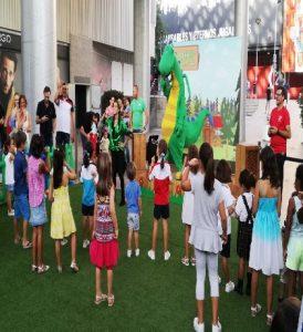 Bienvenida al nuevo curso escolar con 'Mon El Dragón' – Nervión Plaza – Sevilla