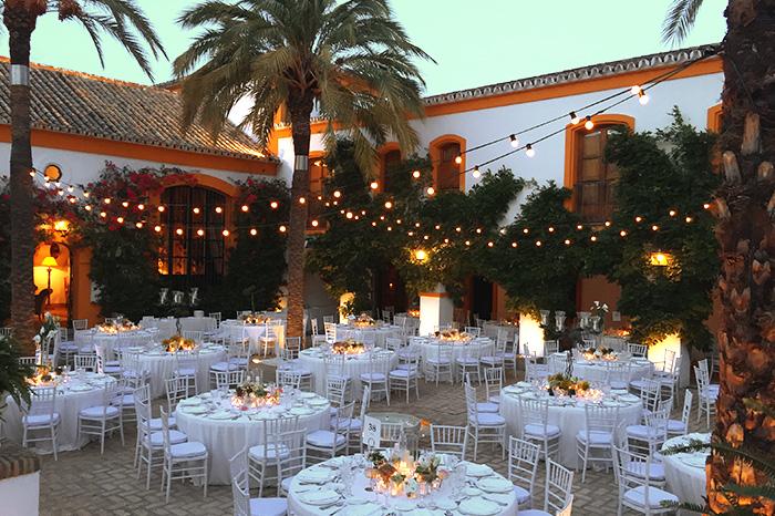 alquiler-de-iluminacion-para-bodas-eventos-y-fiestas-en-sevilla-empresas-iluminacion-led-venta-leds-03