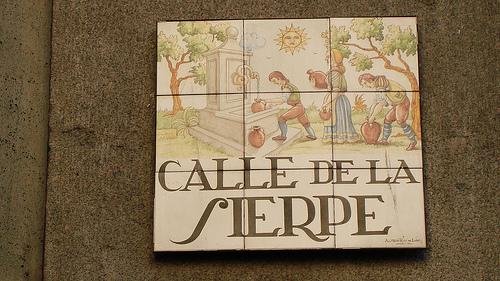 Calle de la sierpe. Sevilla. Fuente: Sevillaen360