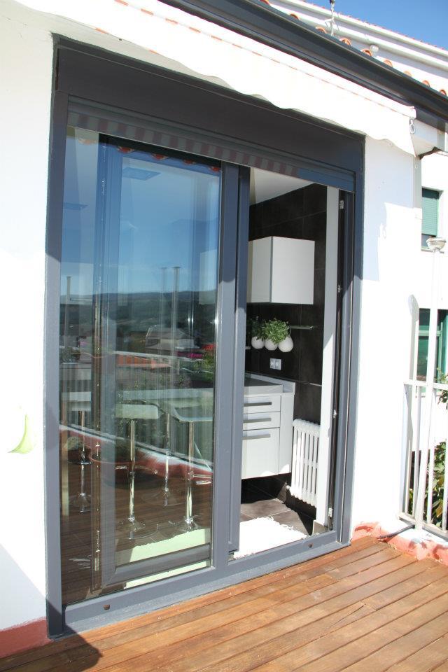carpinteria-metalica-ventanas-aluminio-pvc-puertas-sevilla02