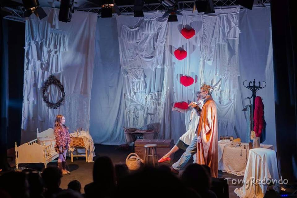 desvan-hermanos-grimm-escenoteca-infantil-teatro-duque-imperdible01