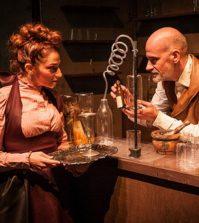 """'El caso del Dr. Jekyll y Mr. Hyde'. 27 Ciclo """"El Teatro y la Escuela"""". Teatro Alameda Sevilla"""