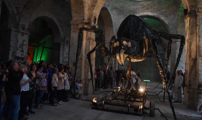 Insectos gigantes en la Real Artillería de Sevilla.