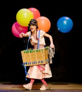 """""""¿Hay algo más aburrido que ser una princesa rosa?"""". 27 Ciclo """"El Teatro y la Escuela"""". Teatro Alameda Sevilla"""