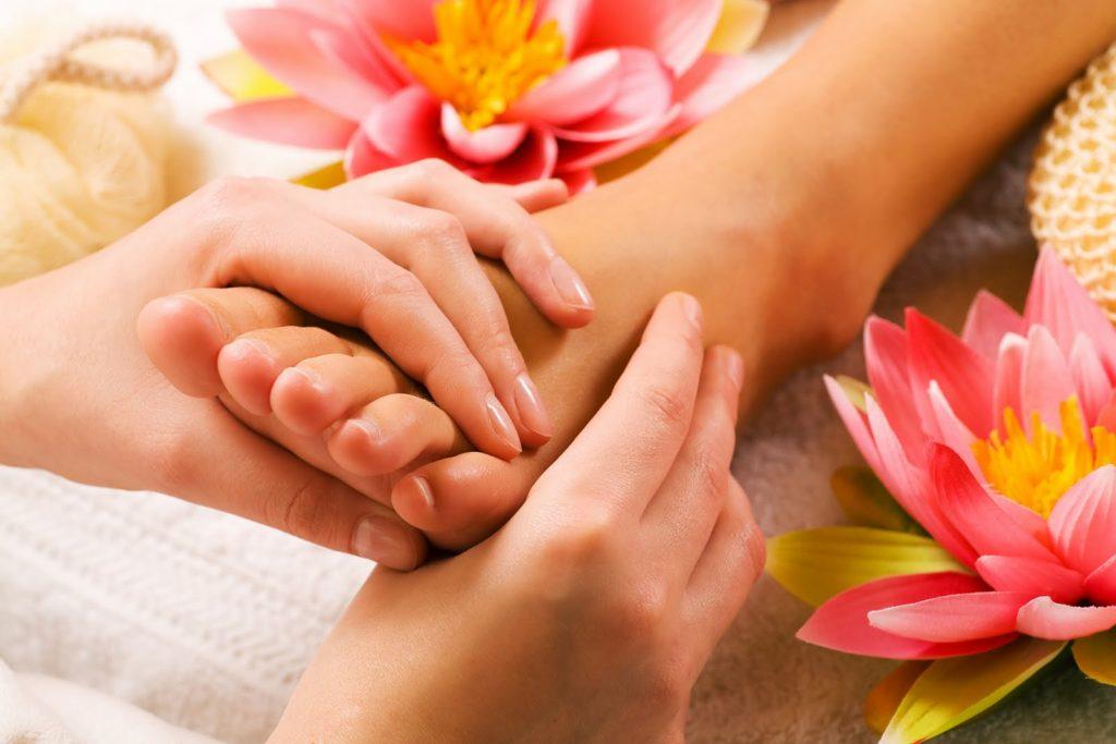 hufeland-escuela-naturismo-medicina-natural-terapias-alternativas-reflexologia-podal-sevilla