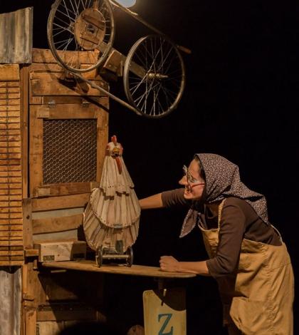"""'La gallina de los huevos de oro'. 27 Ciclo """"El Teatro y la Escuela"""". Teatro Alameda Sevilla"""