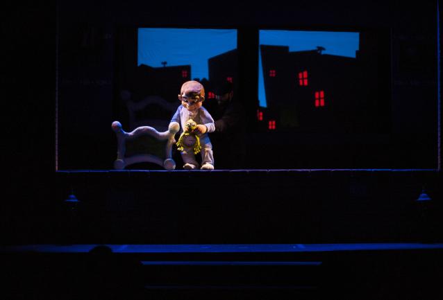 momo-y-la-habitacion-magica-teatro-infantil-familiar-sevilla-02