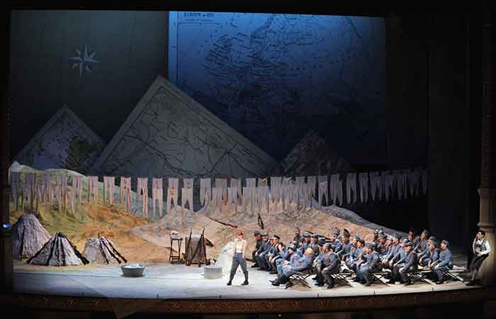 Ópera LA FILLE DU RÉGIMENT. Teatro de la Maestranza, Sevilla