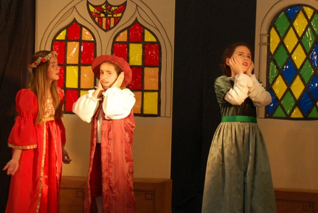 Romeo y Julieta. Teatro infantil y familiar en Sala Fundición de Sevilla