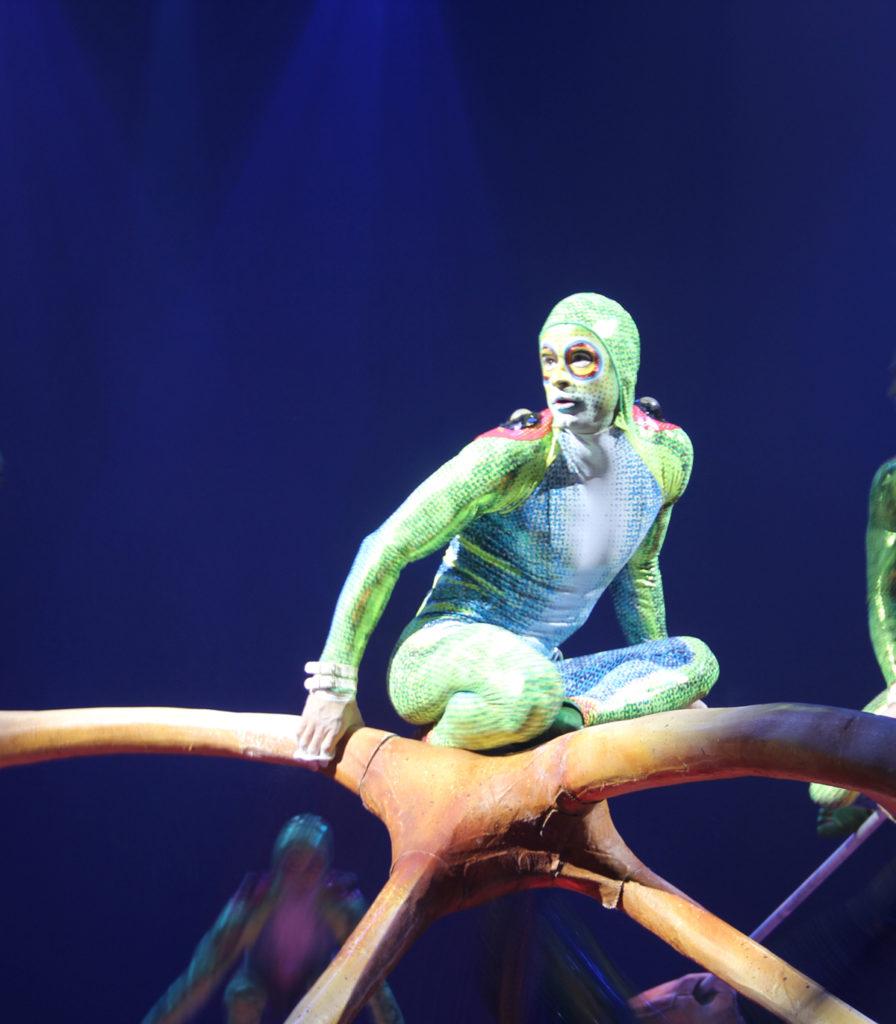 totem-circo-del-sol-cirque-du-soleil-sevilla-andalunet-01
