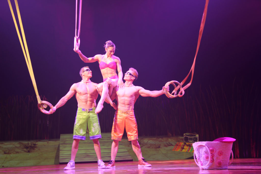 totem-circo-del-sol-cirque-du-soleil-sevilla-andalunet-04