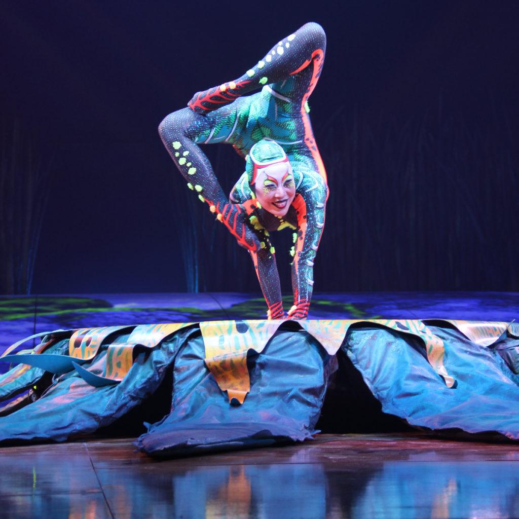 totem-circo-del-sol-cirque-du-soleil-sevilla-andalunet-09