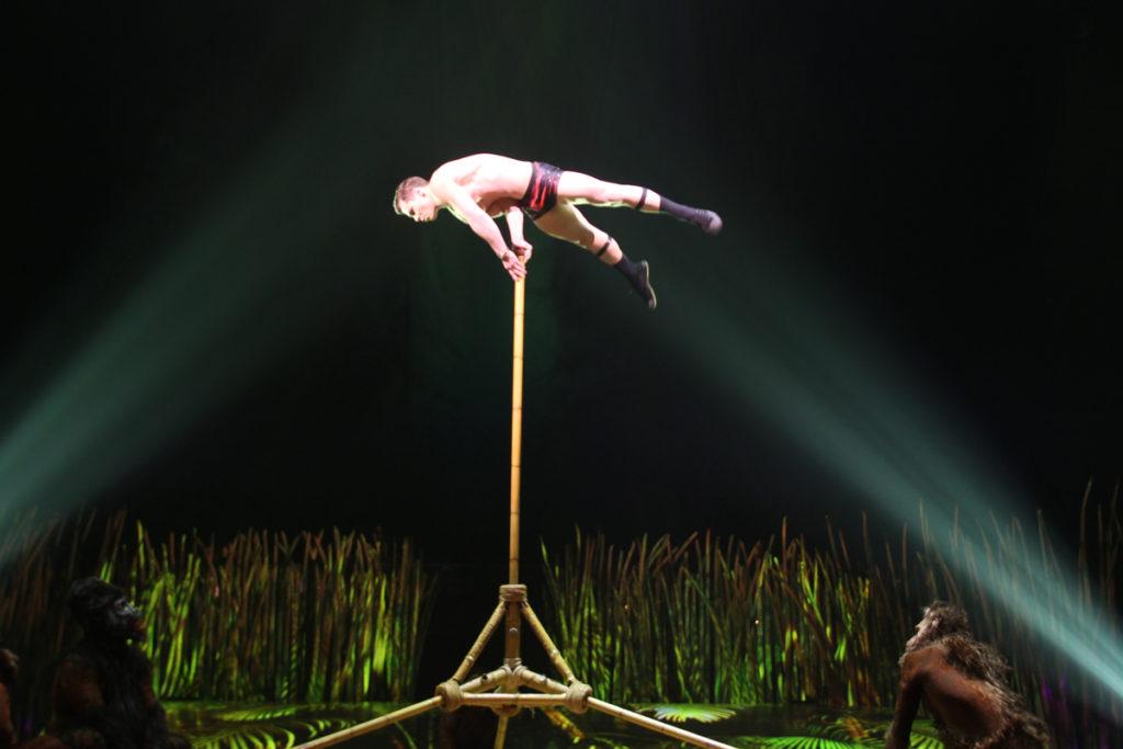 totem-circo-del-sol-cirque-du-soleil-sevilla-andalunet-13