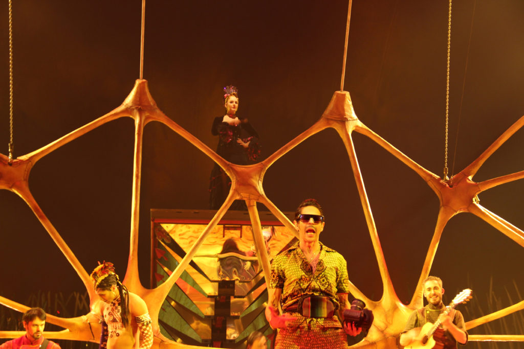 totem-circo-del-sol-cirque-du-soleil-sevilla-andalunet-16