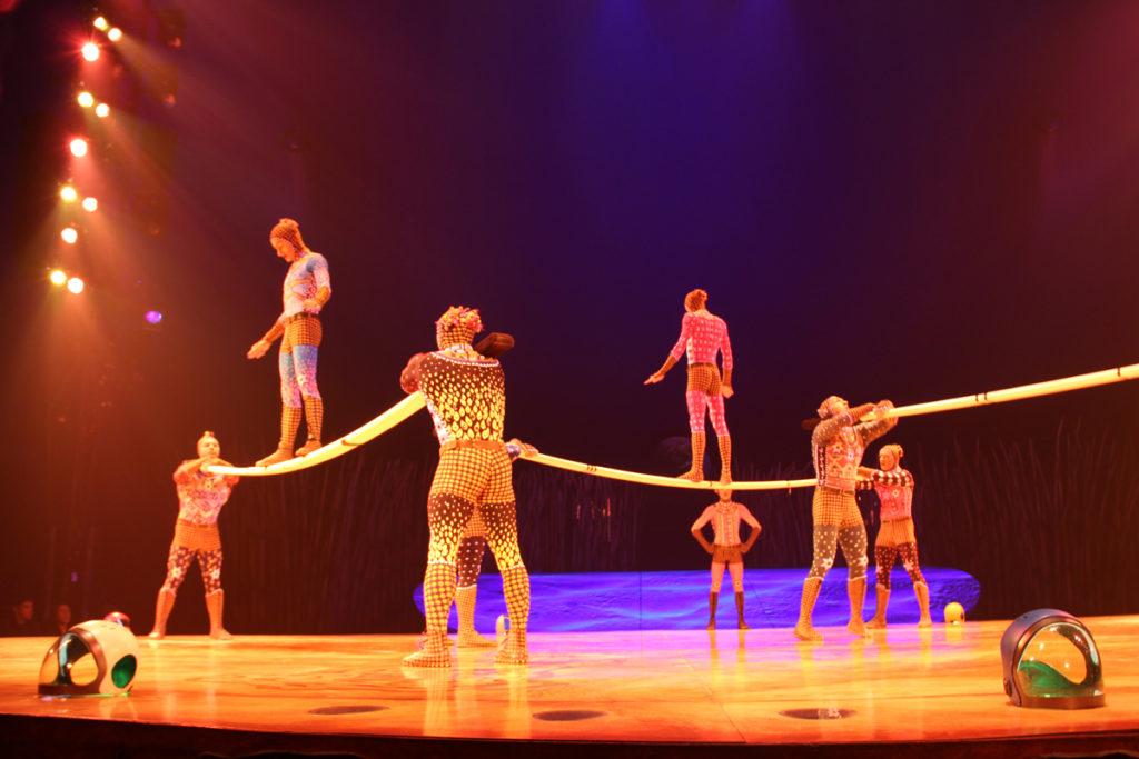 totem-circo-del-sol-cirque-du-soleil-sevilla-andalunet-25