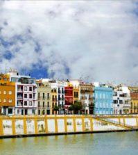 Barrio de Triana con vistas al río Guadalquivir
